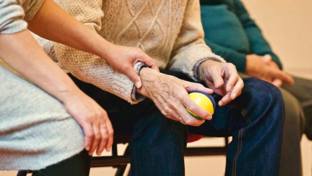 oficinas-de-mediacao-no-trabalho-com-pessoas-idosas-e-suas-familias